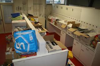 Onze sorteerruimte, we hebben alles verhuisd van de schuur naar onze nieuwe lokatie!